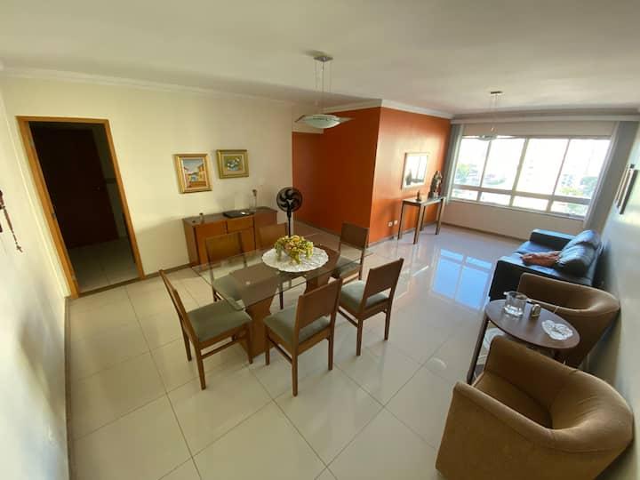 Apartamento 3 quartos na praça de boa viagem