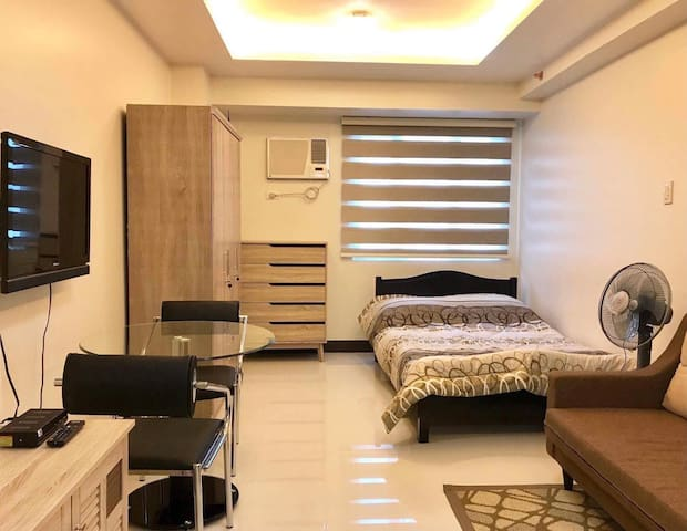 Mplace Staycation Netflix /  WiFi Quezon City 2324