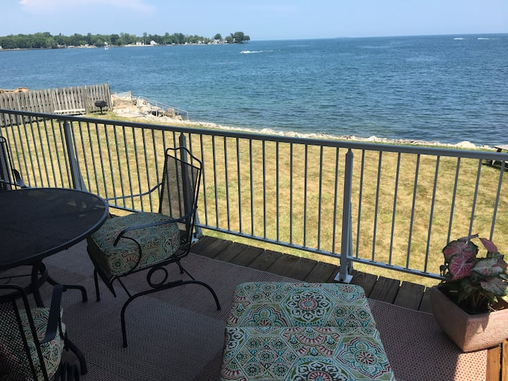 Waterfront, Back Bay Condo Unit J