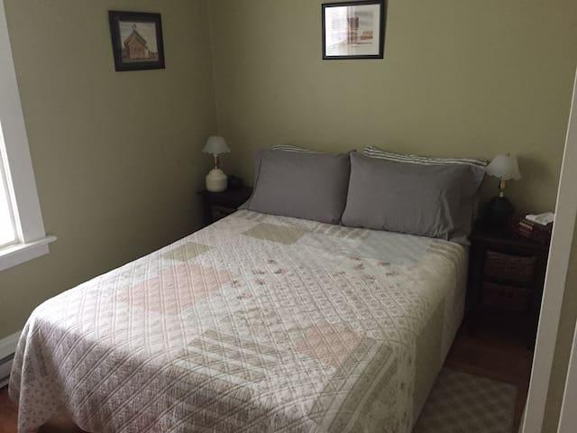 Bedroom 3 - Hikers Rest