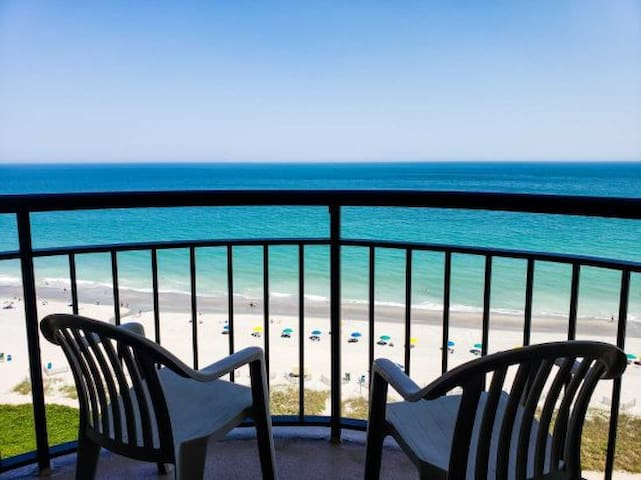 Oceanfront One Bedroom Condo~Meridian 1402