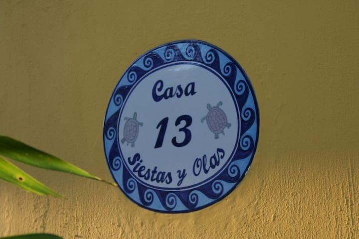 Casa Siestas y Olas - Oceanfront - El Estero Room - La Peñita de Jaltemba - Rumah