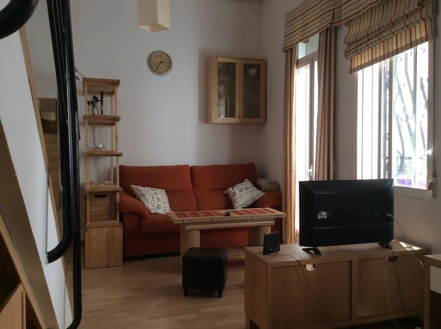 Agradable Apartamento duplex Centro/Chamberi