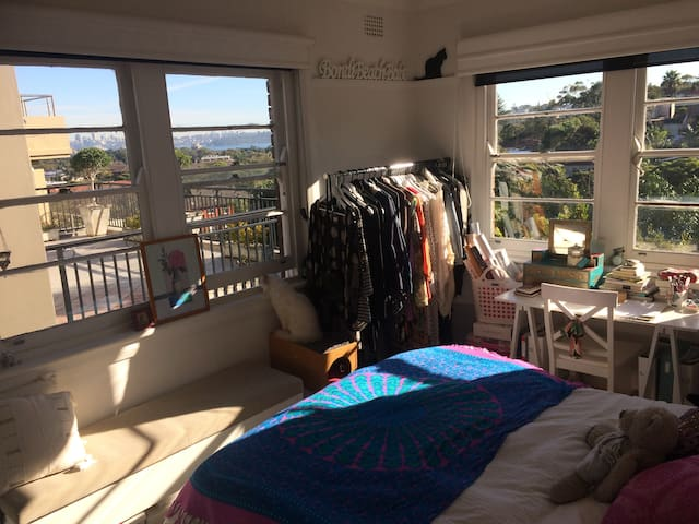 Private Room in Bright & Cosy Apartment - Rose Bay - Appartement