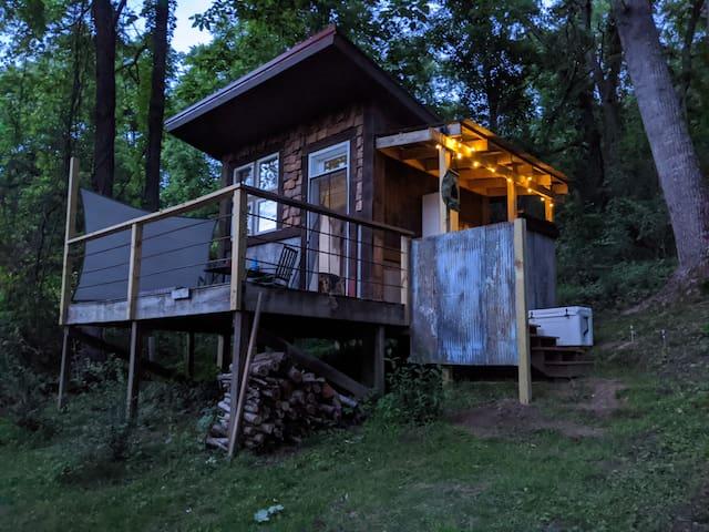 The Honey Hut - Weaverville, NC