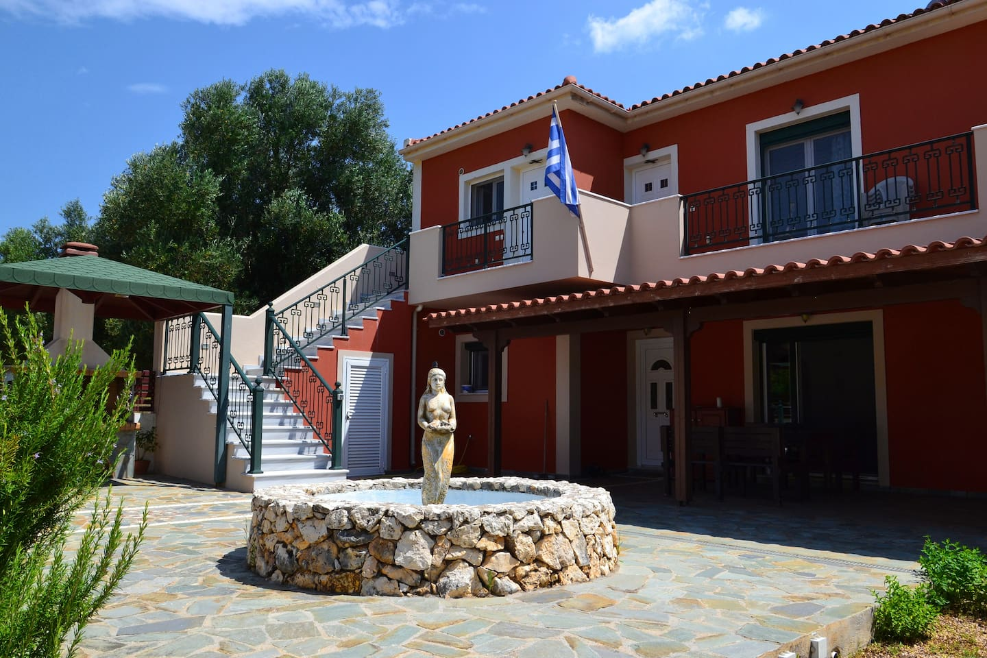 Kefalonia apartments: We hope, this 1 bedroom apartments in Dorizata will become comfy home during your Kefalonia holiday