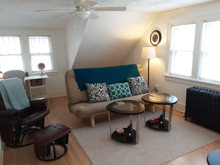 Great Getaway Apartment for Short/Long-Term Stays