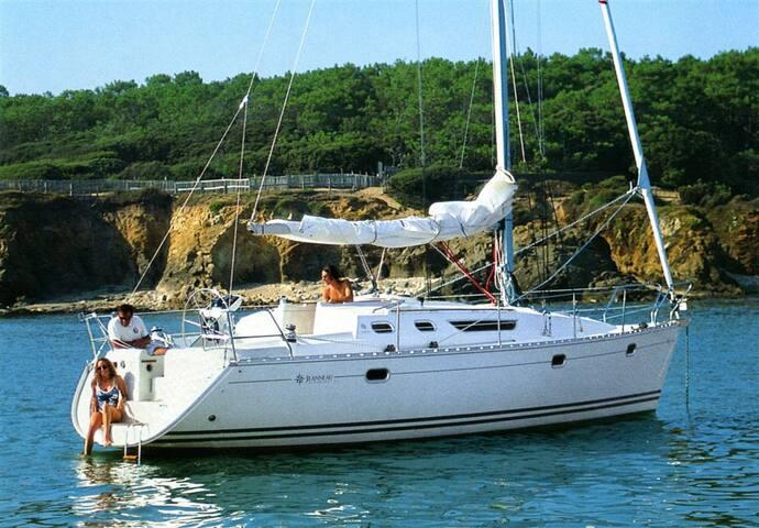 Barco de vela + bicis en Puerto Sherry