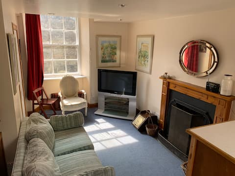 Cosy discreet Bothy in secluded rural location