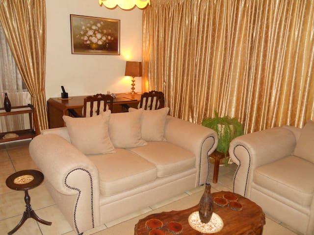 Randburg, Robin Hills Guest House