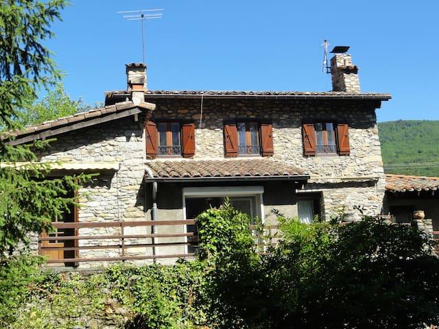 Belle maison de famille,confortable et spacieuse - Prats-de-Mollo-la-Preste