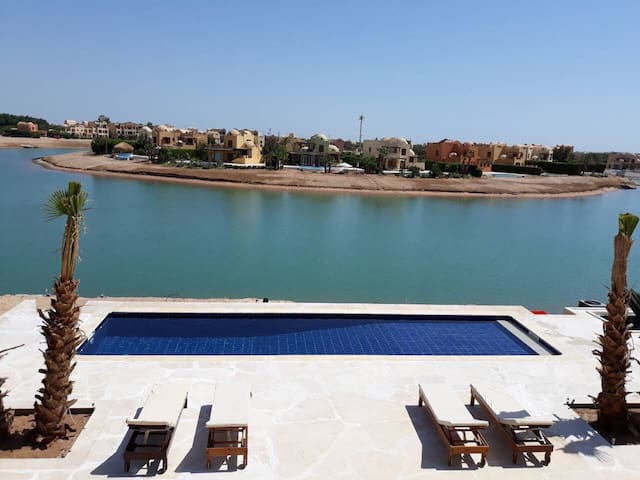 Full villa with private pool in Sabina