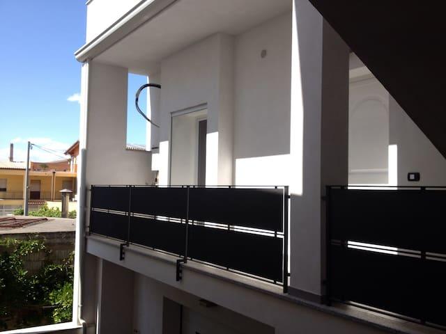 Nuovo appartamento a 3 min dal mare - Bari Sardo - Lejlighed