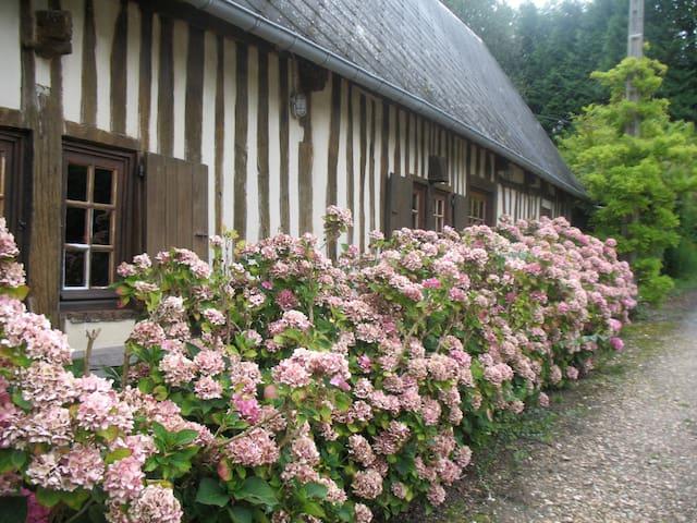 La Sergenterie, Maison de charme - Calvados - House