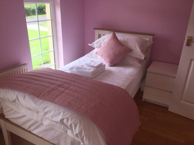 cattermuir  single room ,loch lomond , scotland