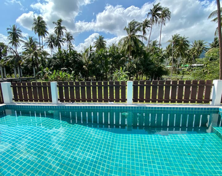Large 3 bedrooms villa with swimming and pool