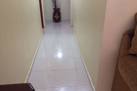 apartment with 3 bedrooms and 2 bath