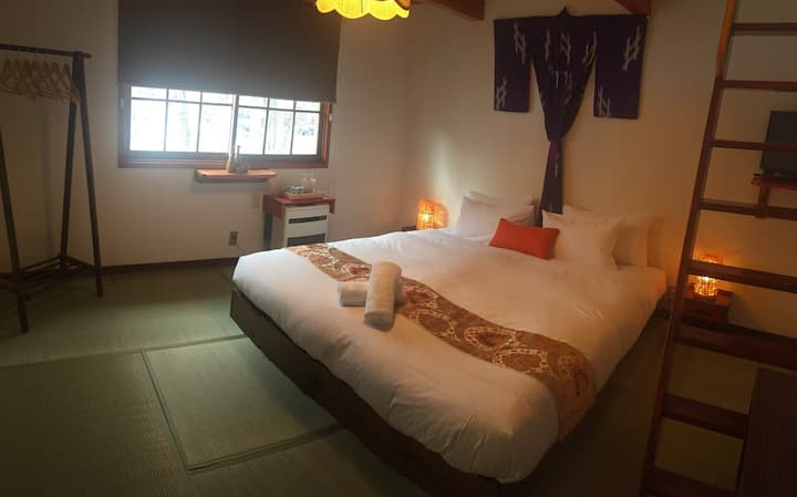 Lodge Blue Mount Hakuba, Family Loft Room 207