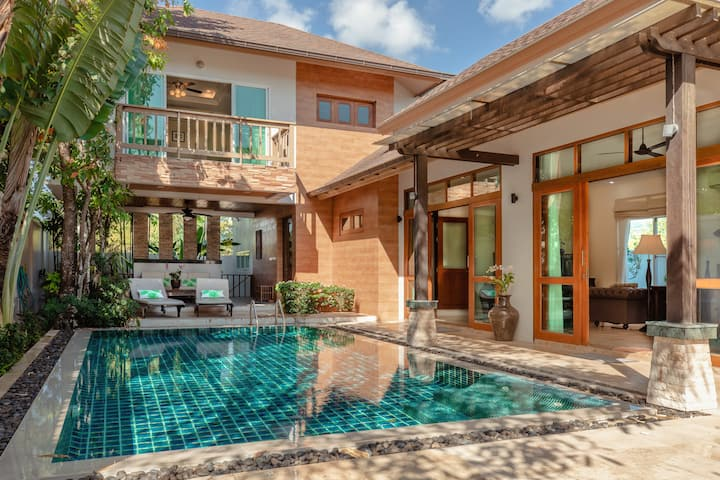 3 Bedroom Pool Villa Walk to Beach