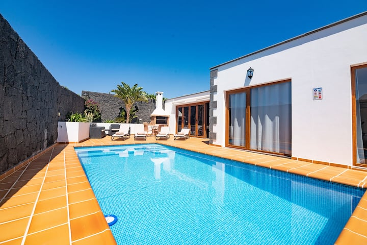 Villa Feel, Villa amplia, espaciosa y confortable
