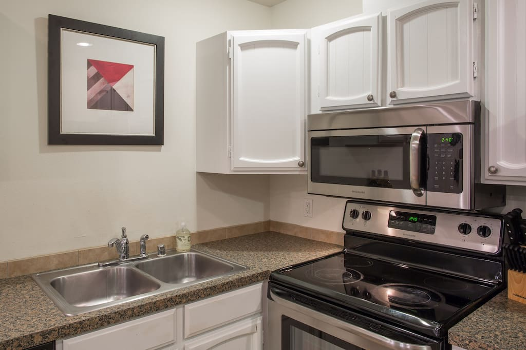 Brand New Stainless  appliances installed in March 2016.
