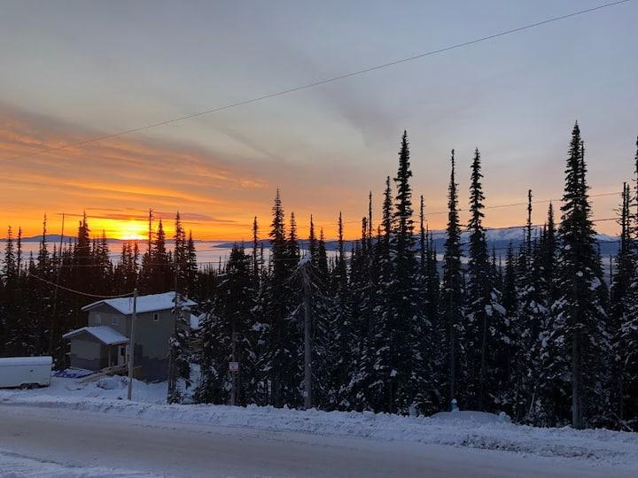 Sunrise Chalet