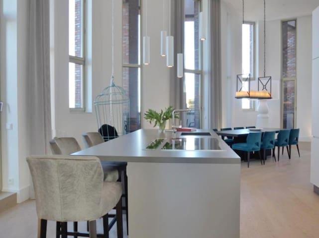 Luxus Penthouse Suite mit Zugang zu Spa und Pool