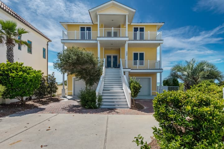 Family friendly Gulf front home w/ private pool, free WiFi, & giant balcony!