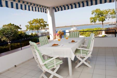 Amazing Villa. Wonderfull views. Perfect located