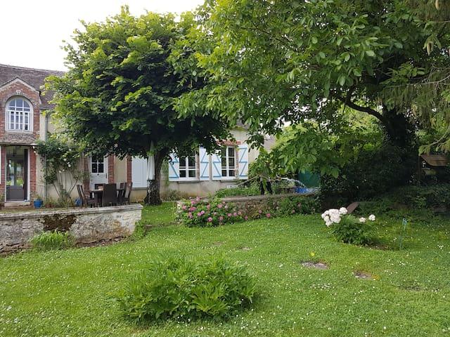 Maison jardin veranda belle vue ideal vacances, we