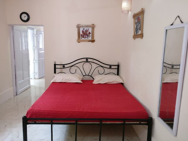 Rustic and Quiet Goan 1 BHK In Anjuna - Anjuna - House
