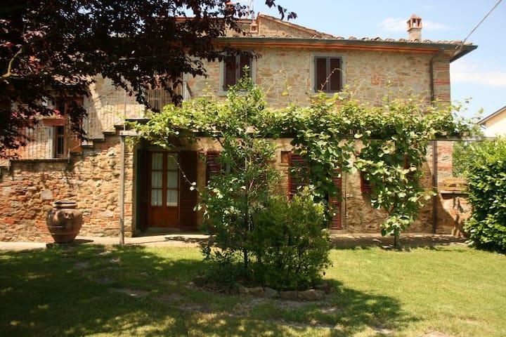 IL CILIEGIO - Castiglion fiorentino - Apartamento