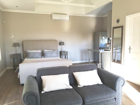 MONTE BELLA SELF CATERING UNDERBERG SOUTH AFRICA