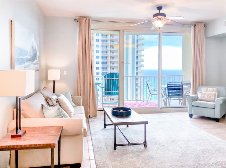 Shores Of Panama 1409 - Amazing view, sparkling pool, and resort-style amenities