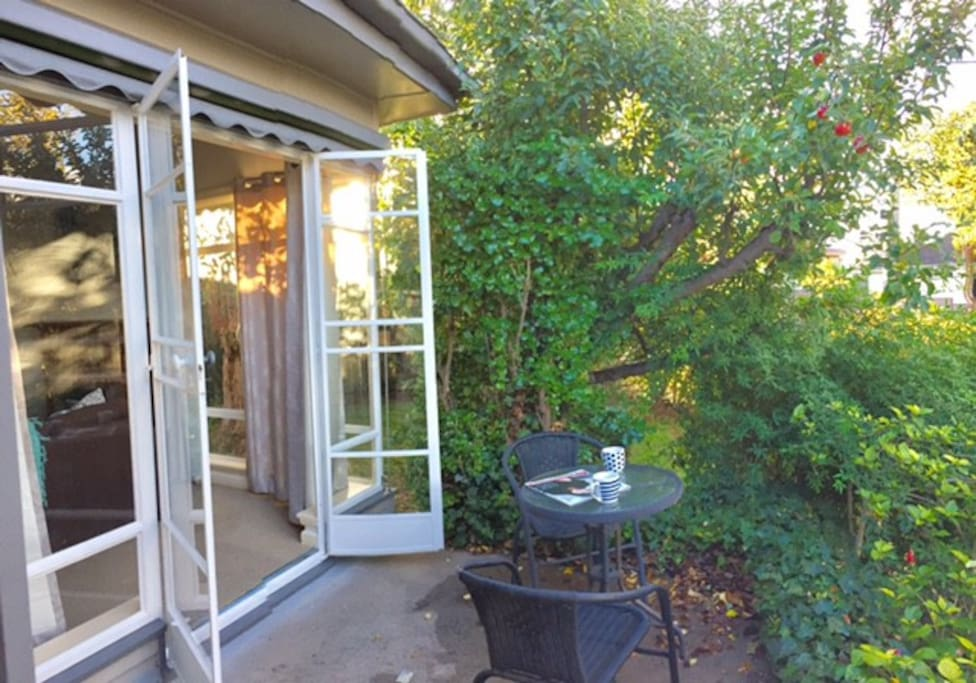Open the French doors to the patio and sit out under the apple tree for your morning coffee, or evening cocktails. Reach up and pick a fresh apple for yourself, they are delicious.