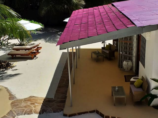 MALACHITE ROOM in DAHONI ZANZIBAR -your beach home