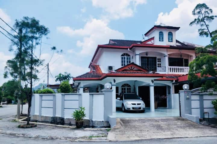 Family Ipoh Guest House