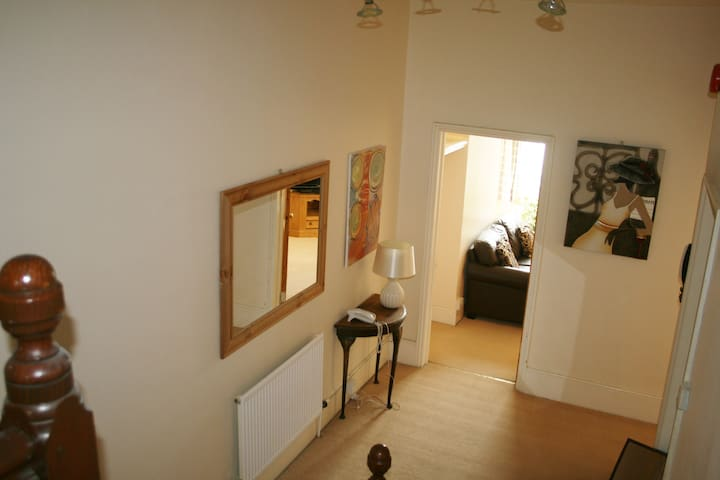 Town Center Holiday Apartment - Eastbourne - Appartement