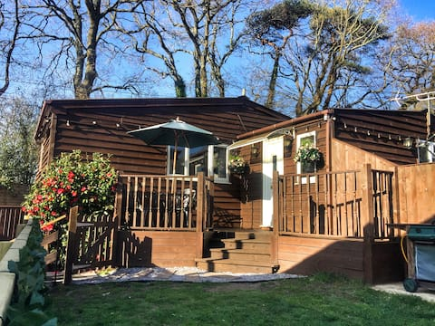 Cosy Wooden Chalet In The New Forest