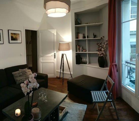 Central Parisian apartment next to Montmartre