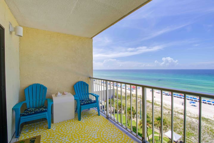 Beachfront*1 BR*Redecorated! Includes Beach SVC