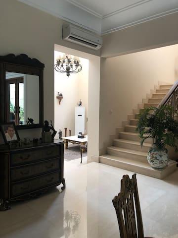 Senayan Area, Central Location, Private Room 200m2
