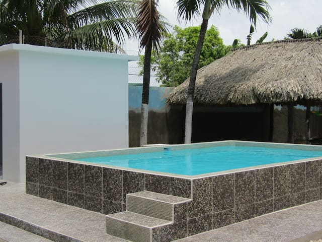 Garden Condo with pool access