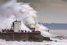 Storm Callum batters Porthcawl Lighthouse October 2018.