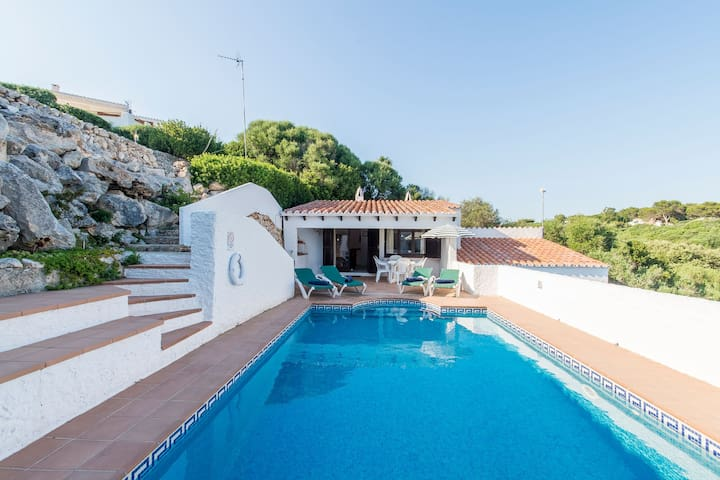 With Pool and Fantastic View of the Sea - Villa Mar y Roca
