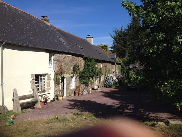 Charming gite at the edge of Broceliande Forest