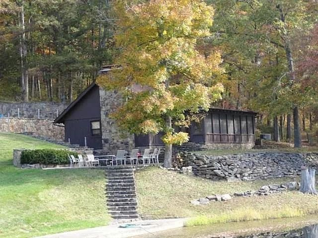 78 acres of total seclusion!