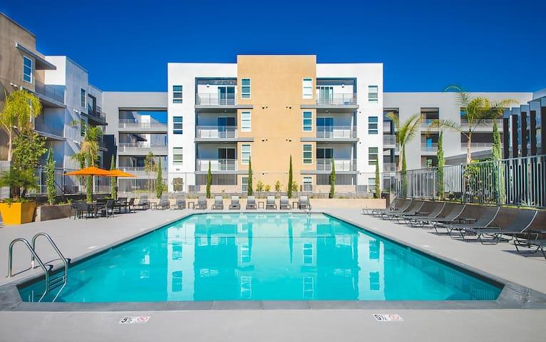 Brand new luxury 1B1B apartment - Los Angeles - Apartment