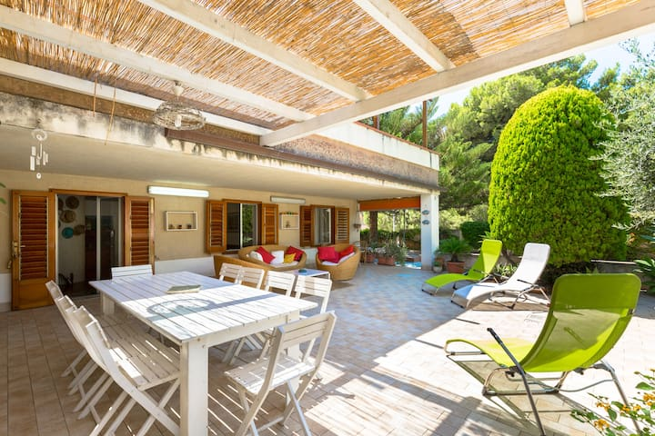 Lovely villa 50mt from the beach - Marina di Ragusa  - Villa