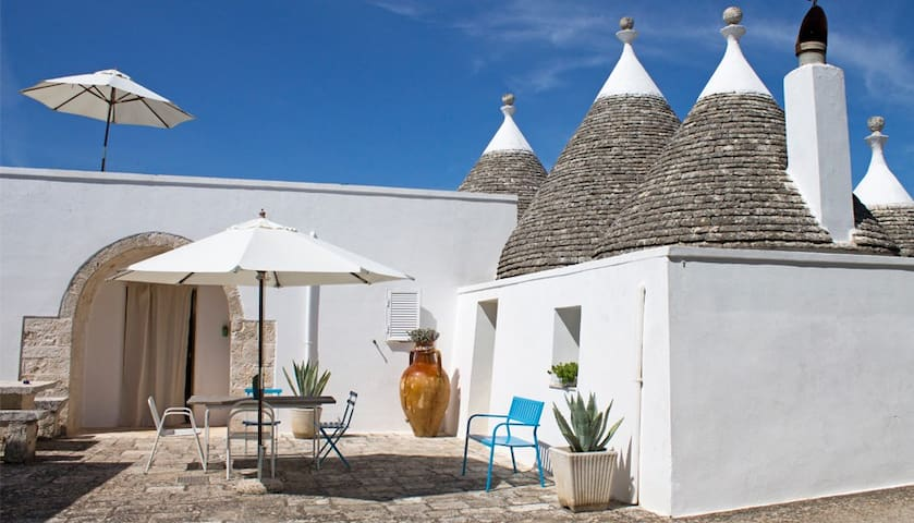 B&B Pietraviva cozy trullo with panoramic terrace